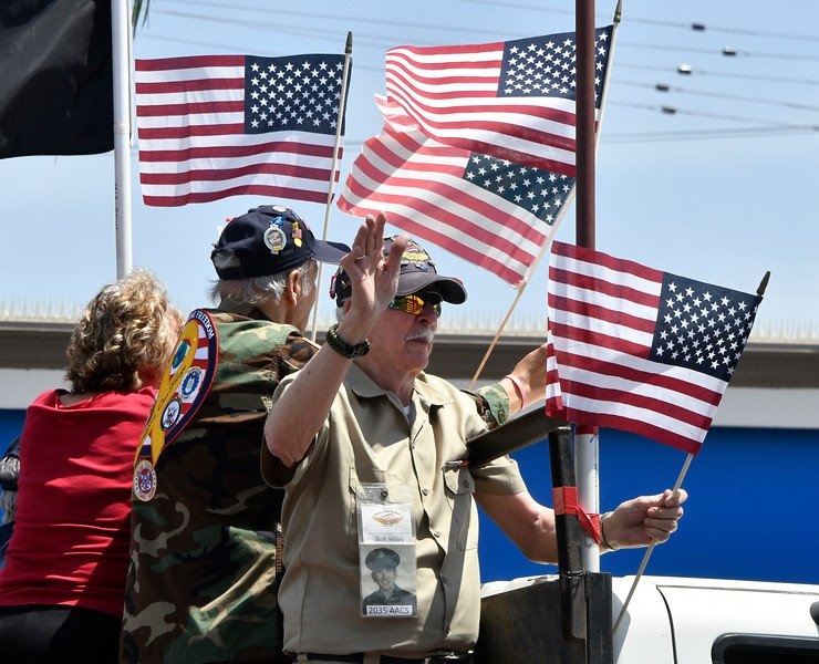 Canoga Park Keeps Annual Memorial Day Parade Tradition Going